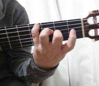 左手奏法 ポル・アリーバ