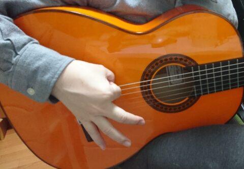 指をバラバラに使うラスゲアード奏法2